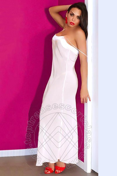 Nicole Gres  CURNO 3208683051